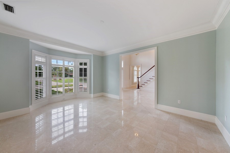 Real Estate Photography - 13361 Ponderosa Way, Fort Myers, FL, 33907 - Dining Room