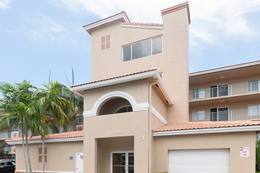Real Estate Photography - 12529 Imperial Isle, Apt 207, Boynton Beach, FL, 33437 - Front View