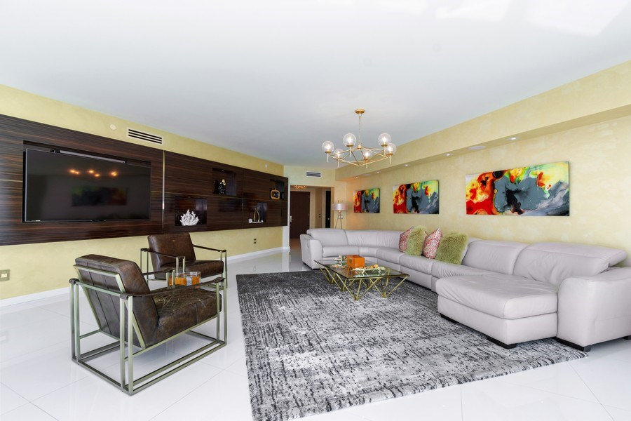 Real Estate Photography - 2711 S. Ocean Drive #1902, Hollywood, FL, 33019 - Living Room
