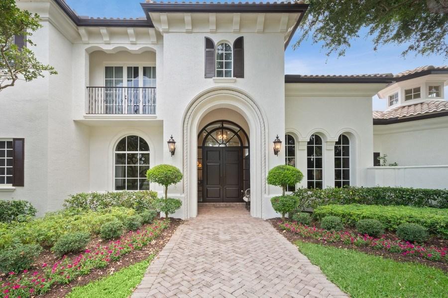 Real Estate Photography - 7402 Sedona Way, Delray Beach, FL, 33446 - Entryway