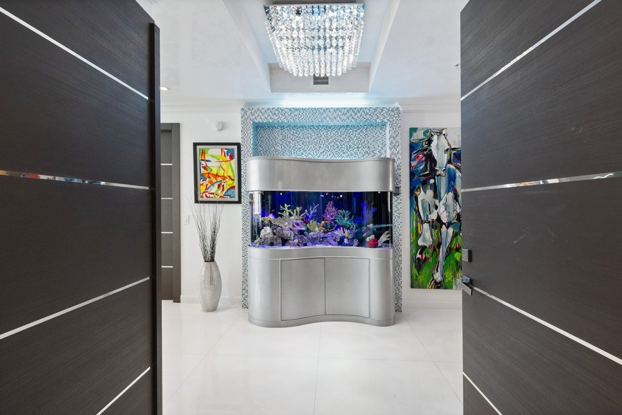 Real Estate Photography - 18101 Collins Ave. #PH5404, Sunny Isles Beach, FL, 33160 - Foyer