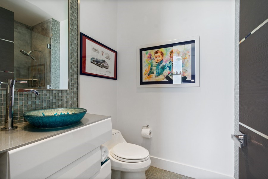 Real Estate Photography - 18101 Collins Ave. #PH5404, Sunny Isles Beach, FL, 33160 - Bathroom