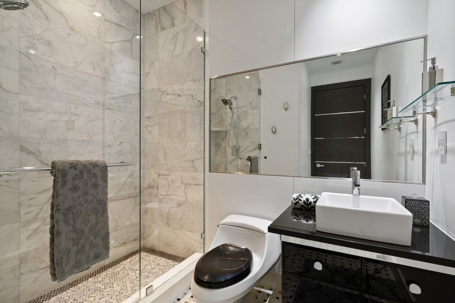 Real Estate Photography - 18101 Collins Ave. #PH5404, Sunny Isles Beach, FL, 33160 - 2nd Bathroom
