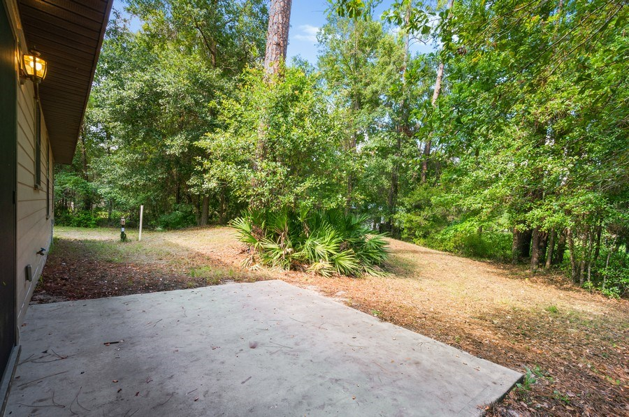 Real Estate Photography - 115 SE 6th Street, Micanopy, FL, 32667 - Patio