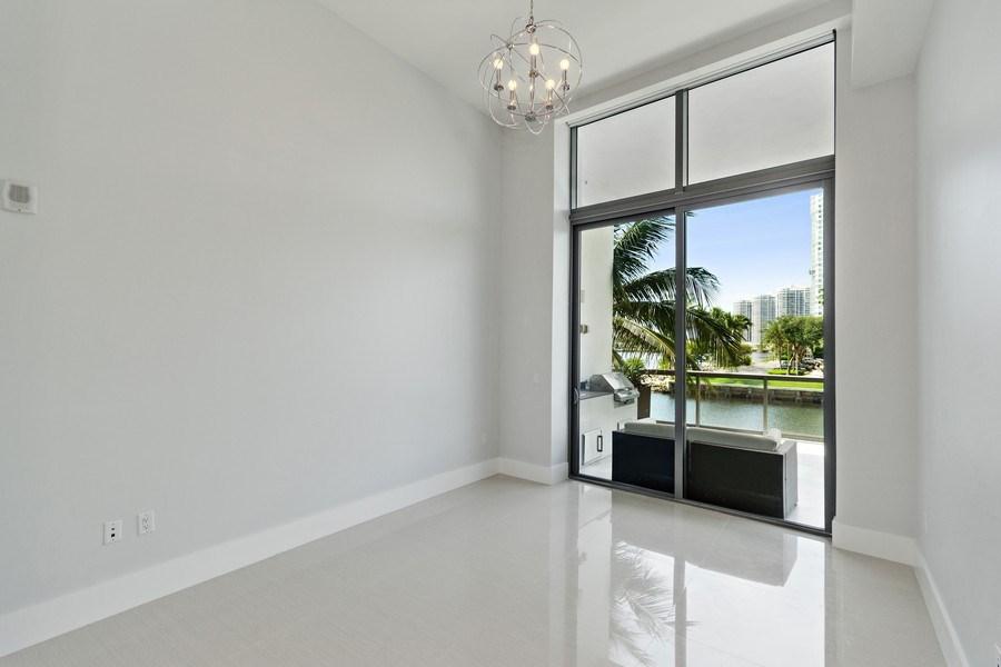 Real Estate Photography - 3250 NE 188th St. #L107, Aventura, FL, 33180 - Bedroom