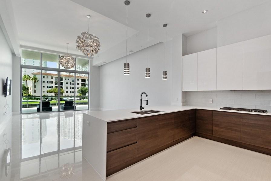 Real Estate Photography - 3250 NE 188th St. #L107, Aventura, FL, 33180 - Kitchen / Living Room
