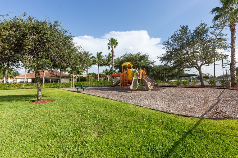 Real Estate Photography - 14242 Reflection Lakes Dr., Fort Myers, FL, 33907 - Park View