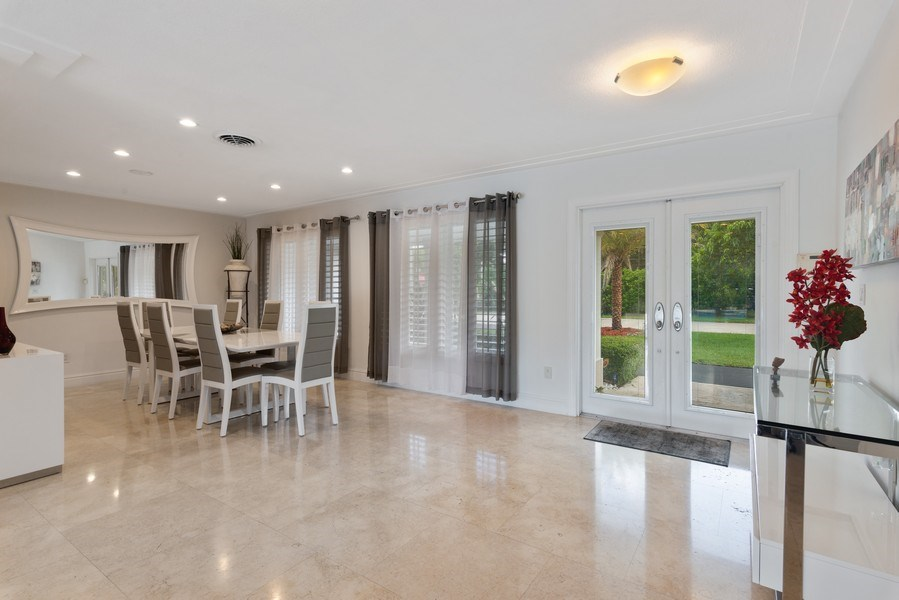 Real Estate Photography - 7670 SW 129th St., Pinecrest, FL, 33156 - Foyer/Dining Room