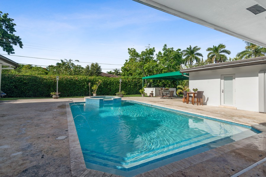 Real Estate Photography - 7670 SW 129th St., Pinecrest, FL, 33156 - Pool