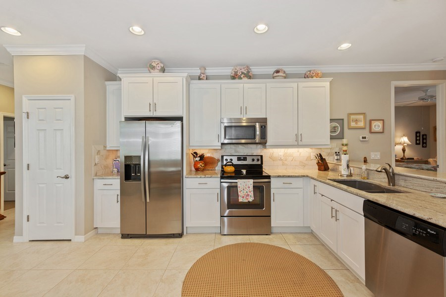 Real Estate Photography - 10736 Cetrella Dr, Fort Myers, FL, 33913 - Kitchen