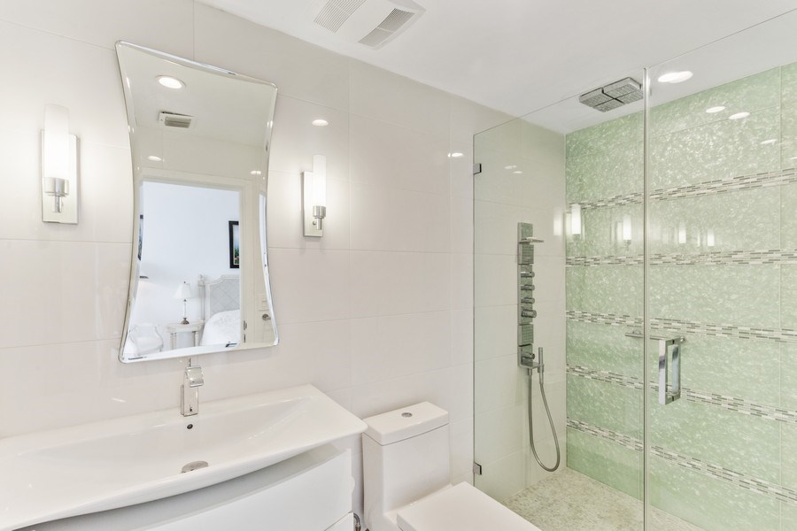 Real Estate Photography - 100 South Birch Road #2404E, Fort Lauderdale, FL, 33316 - 2nd Bathroom
