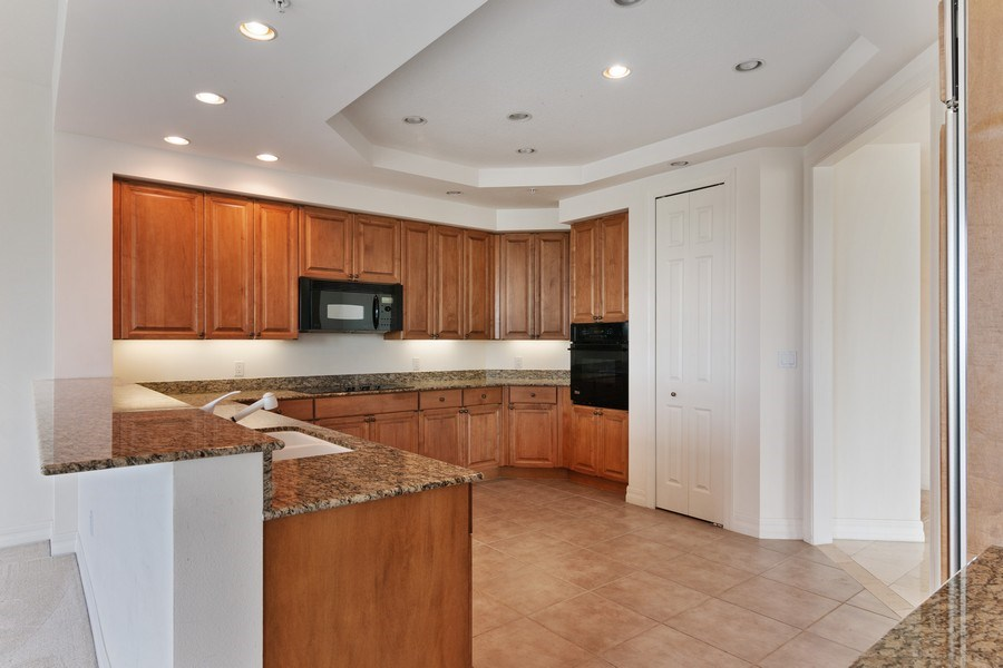 Real Estate Photography - 3603 N. Point Rd. #801 BD6, Osprey, FL, 34229 - Kitchen