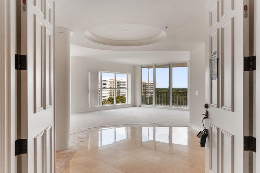 Real Estate Photography - 3603 N. Point Rd. #801 BD6, Osprey, FL, 34229 - Entryway