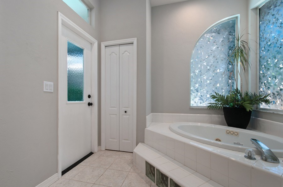Real Estate Photography - 1917 SW 86th Terrace, Gainesville, FL, 32608 - Master Bathroom