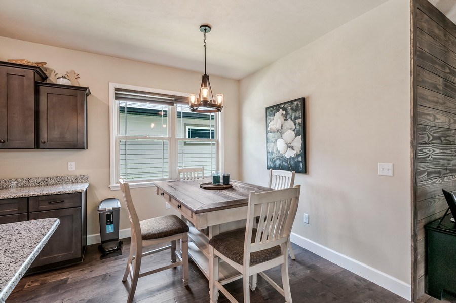 Real Estate Photography - 1789 SW 247th Street, Newberry, FL, 32669 - Dining Area