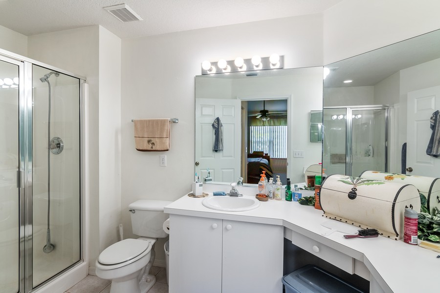 Real Estate Photography - 3011 Live Oak Ln, Palmetto, FL, 34221 - Master Bathroom