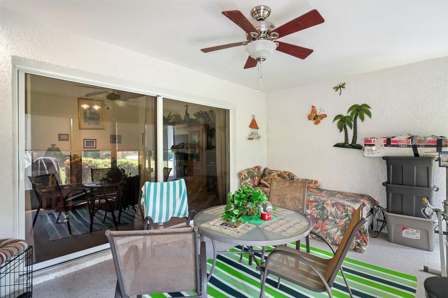 Real Estate Photography - 3011 Live Oak Ln, Palmetto, FL, 34221 -