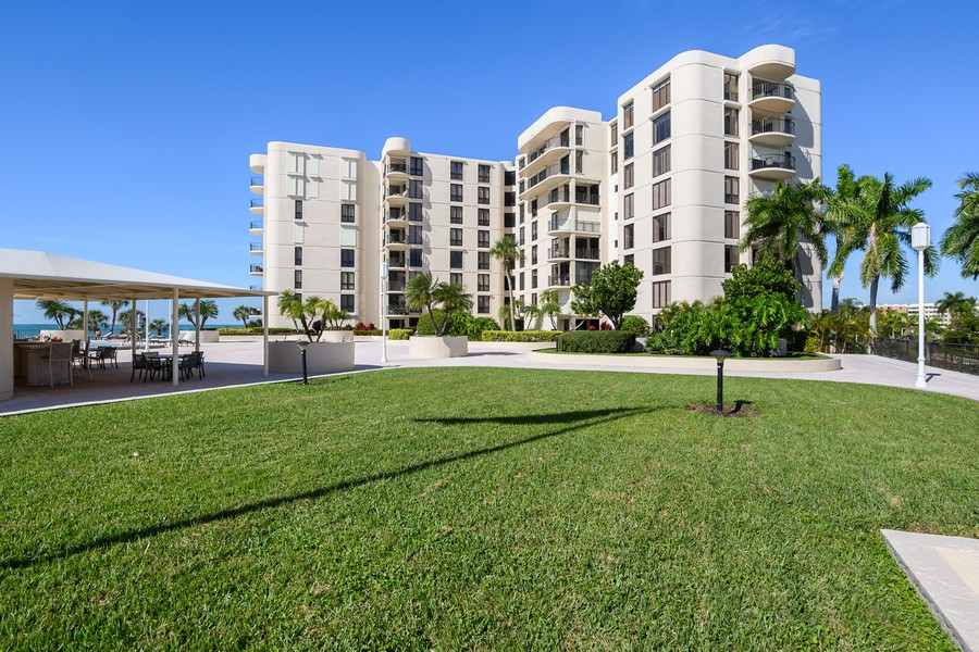 Real Estate Photography - 3115 Gulf Shore Blvd. N., Penthouse 2, Naples, FL, 34103 - Front View