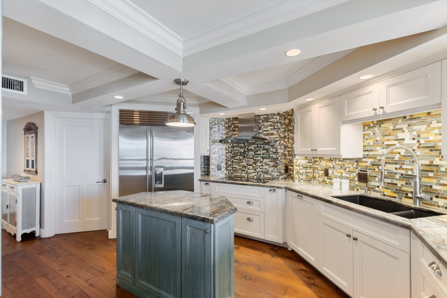Real Estate Photography - 4551 Gulf Shore Blvd. N. #1702, Naples, FL, 34103 - Kitchen