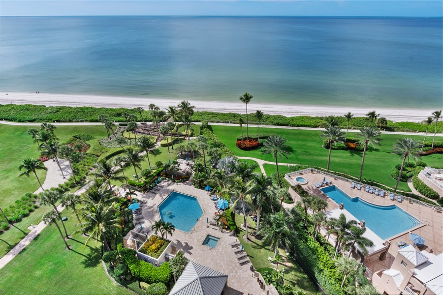 Real Estate Photography - 4551 Gulf Shore Blvd. N. #1702, Naples, FL, 34103 - Pool