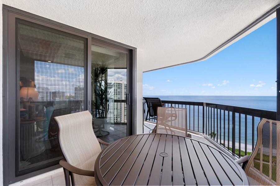 Real Estate Photography - 4551 Gulf Shore Blvd. N. #1702, Naples, FL, 34103 - Patio