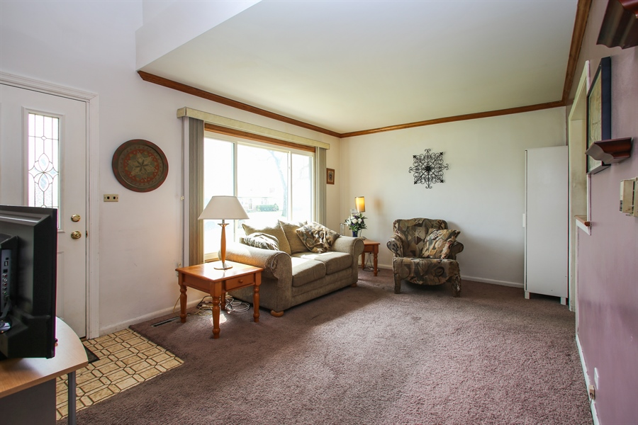 Real Estate Photography - 312 N. William, Mt. Prospect, IL, 60056 - Living Room