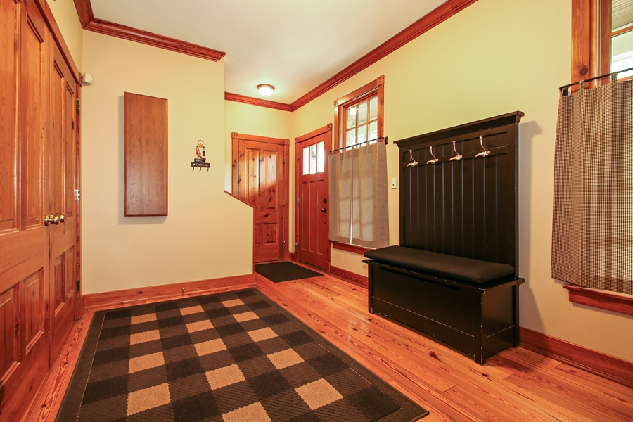 Real Estate Photography - 800 Valley Hill, Woodstock, IL, 60098 - Mudroom