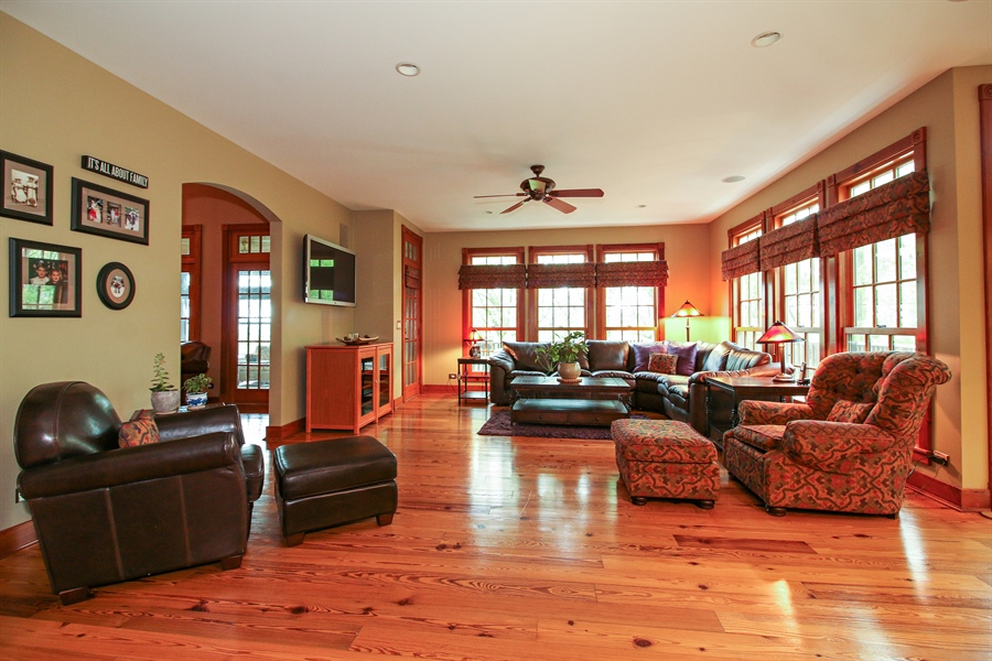 Real Estate Photography - 800 Valley Hill, Woodstock, IL, 60098 - Family Room