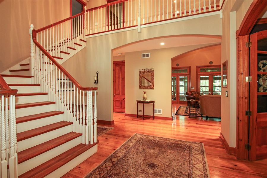 Real Estate Photography - 800 Valley Hill, Woodstock, IL, 60098 - Foyer