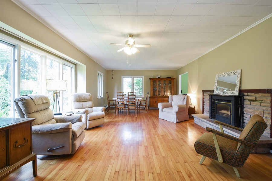 Real Estate Photography - 449 W Grand Ave, Lake Zurich, IL, 60047 - Living Room