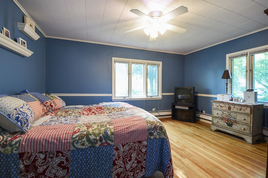 Real Estate Photography - 449 W Grand Ave, Lake Zurich, IL, 60047 - Master Bedroom