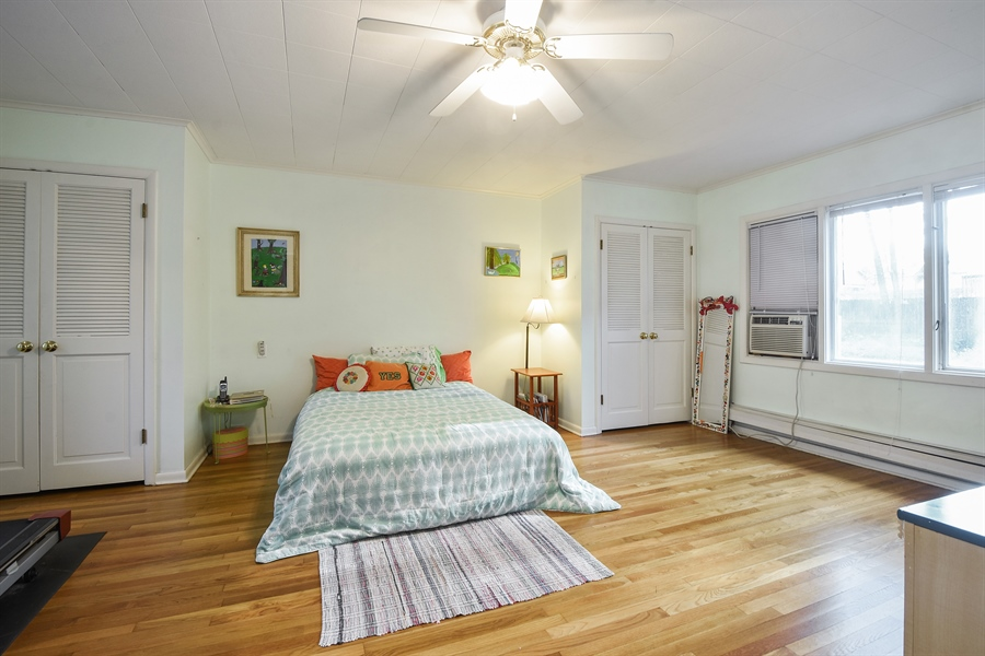 Real Estate Photography - 449 W Grand Ave, Lake Zurich, IL, 60047 - 2nd Bedroom