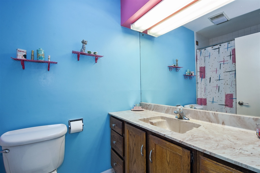 Real Estate Photography - 449 W Grand Ave, Lake Zurich, IL, 60047 - 2nd Bathroom