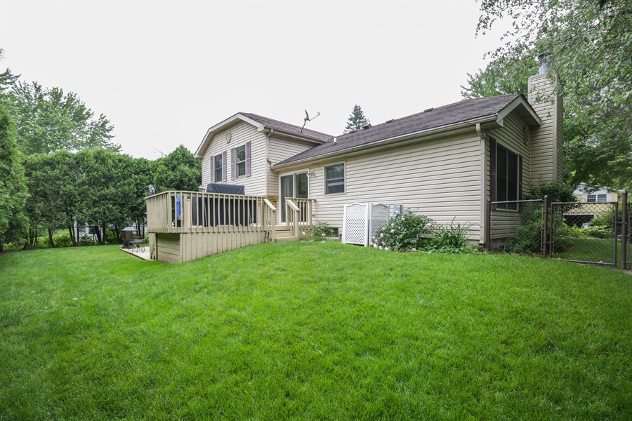 Real Estate Photography - 720 Mulberry, Algonquin, IL, 60102 - Side View