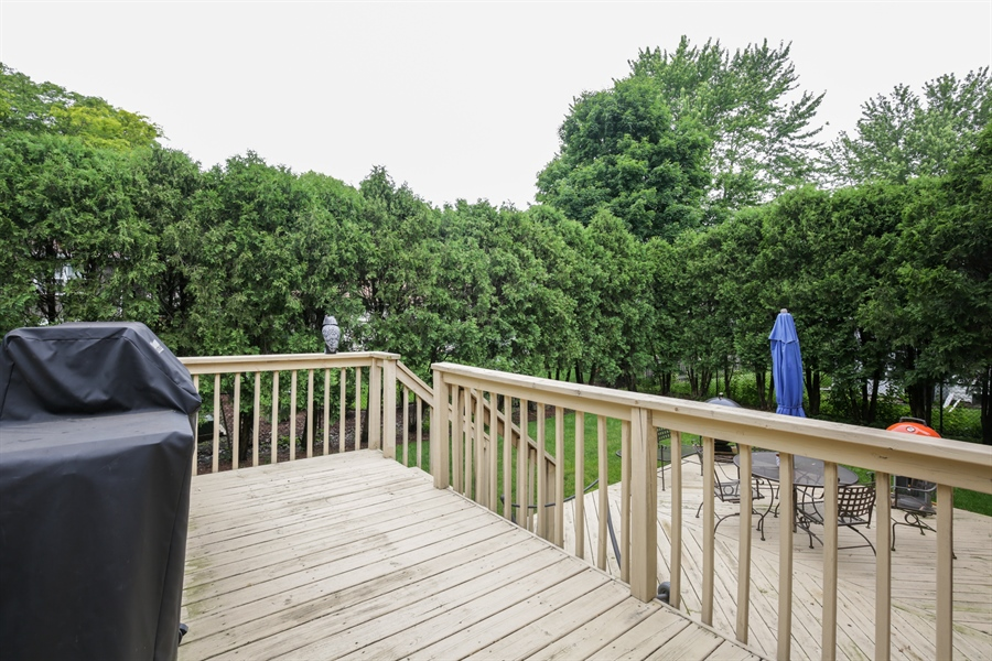 Real Estate Photography - 720 Mulberry, Algonquin, IL, 60102 - Deck