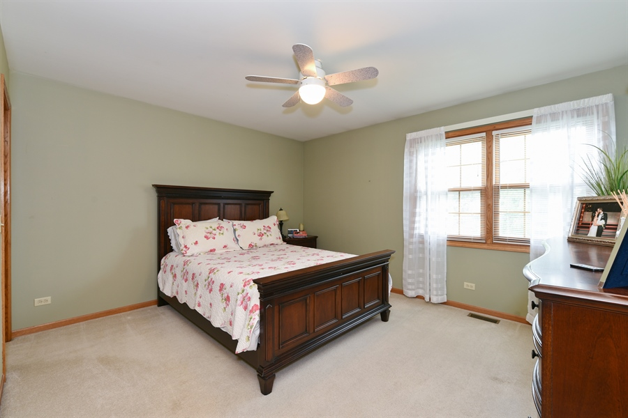 Real Estate Photography - 10N768 Williamsburg Dr, Elgin, IL, 60124 - 2nd Bedroom