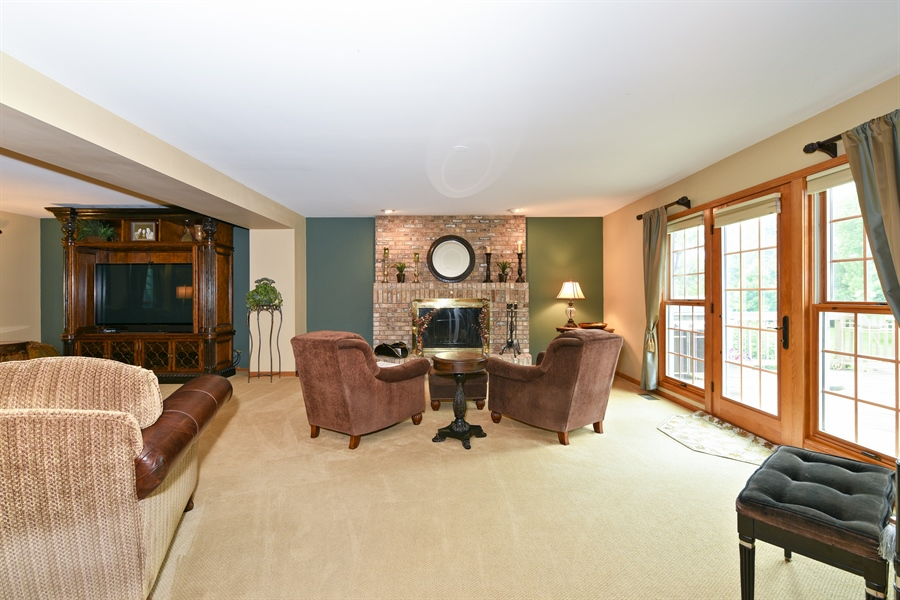 Real Estate Photography - 10N768 Williamsburg Dr, Elgin, IL, 60124 - Family Room