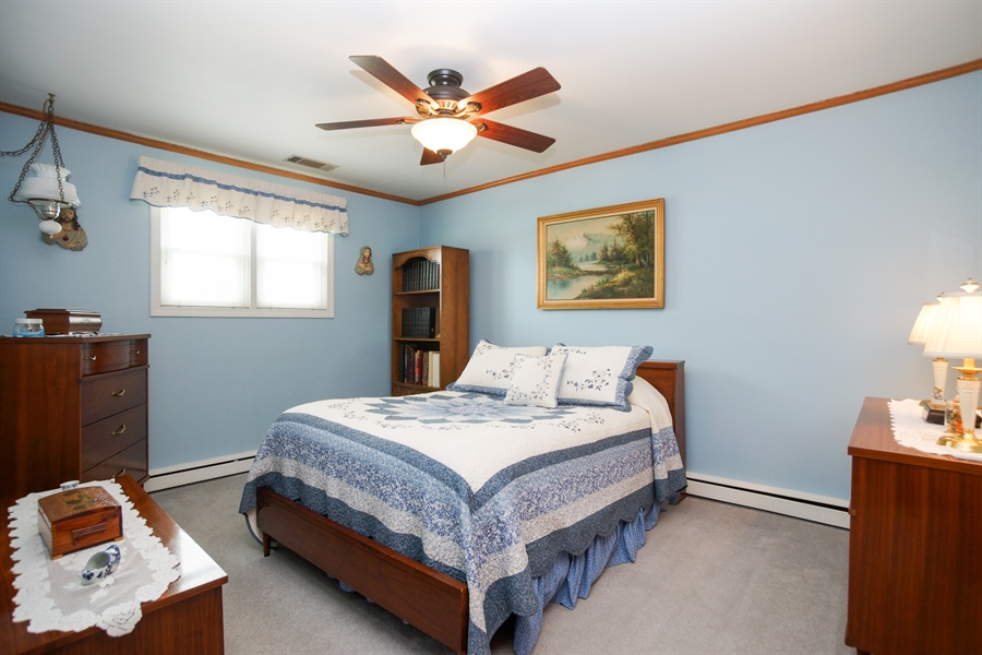 Real Estate Photography - 1064 W Villa Dr, Des Plaines, IL, 60016 - 2nd Bedroom