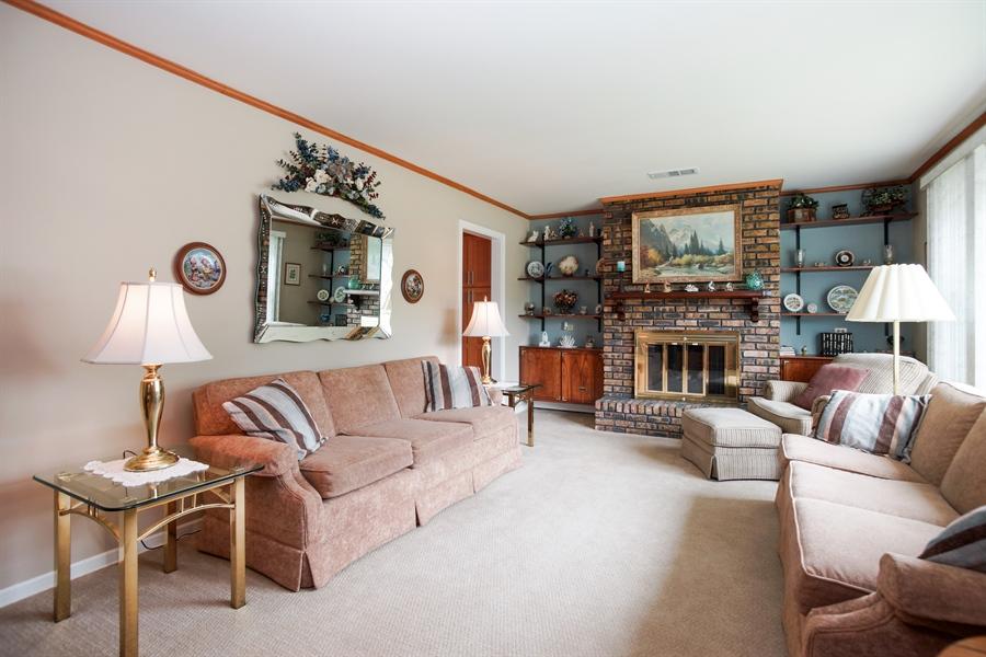Real Estate Photography - 1064 W Villa Dr, Des Plaines, IL, 60016 - Living Room