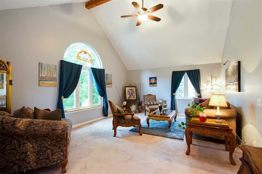 Real Estate Photography - 1545 N Harrison St, Algonquin, IL, 60102 - Living Room