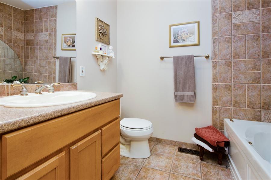 Real Estate Photography - 1545 N Harrison St, Algonquin, IL, 60102 - Master Bathroom