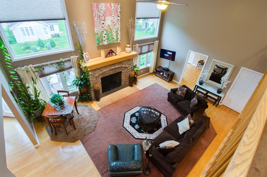 Real Estate Photography - 1545 N Harrison St, Algonquin, IL, 60102 - Family Room