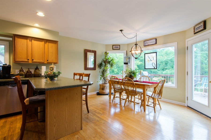 Real Estate Photography - 1545 N Harrison St, Algonquin, IL, 60102 - Breakfast Area