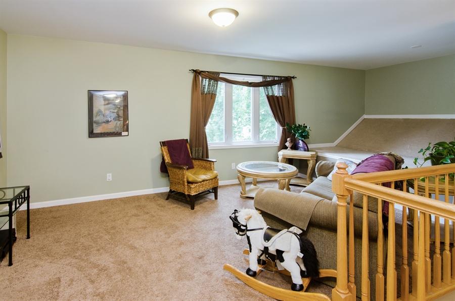 Real Estate Photography - 1545 N Harrison St, Algonquin, IL, 60102 - Loft