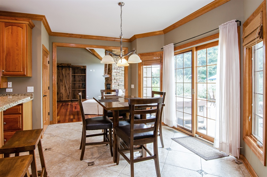 Real Estate Photography - 7930 Dunhill, Lakewood, IL, 60014 - Breakfast Area