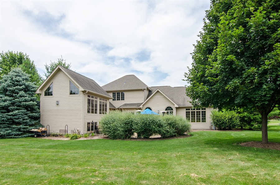 Real Estate Photography - 7930 Dunhill, Lakewood, IL, 60014 - Rear View