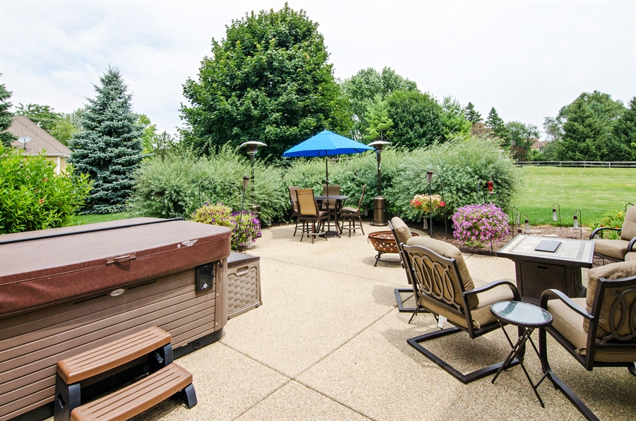 Real Estate Photography - 7930 Dunhill, Lakewood, IL, 60014 - Patio