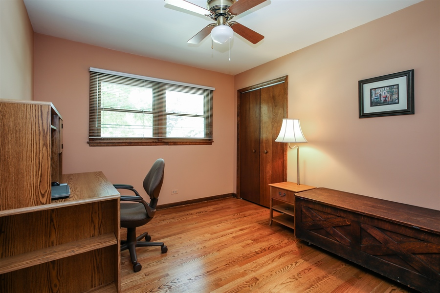 Real Estate Photography - 1015 Lancaster, Mount Prospect, IL, 60056 - 2nd Bedroom
