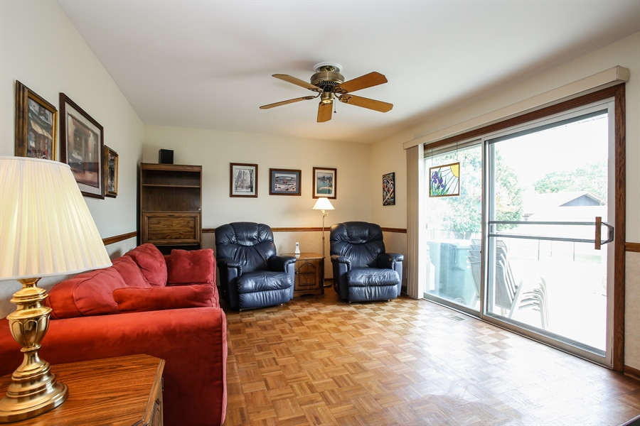 Real Estate Photography - 1015 Lancaster, Mount Prospect, IL, 60056 - Family Room