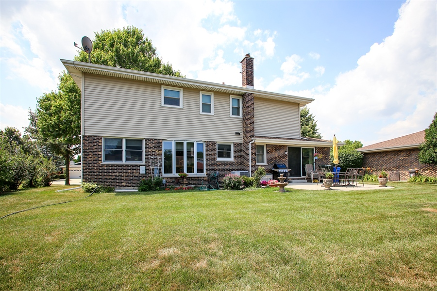 Real Estate Photography - 1015 Lancaster, Mount Prospect, IL, 60056 - Rear View